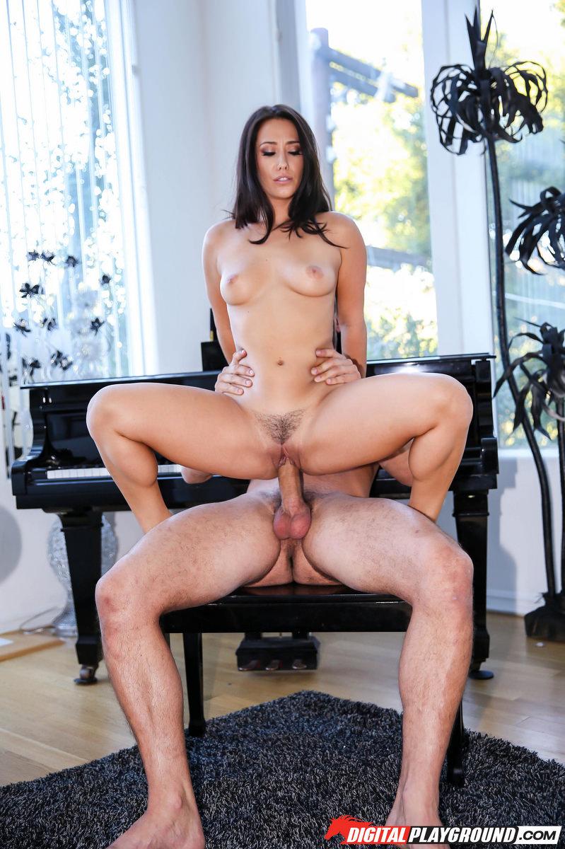 Eva Lovia hot woman he's fucking good!