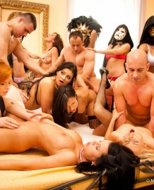 Private swingers group sex!