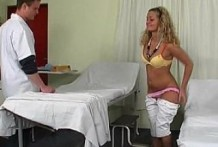 A patient of doctor and horny girls Pussy!