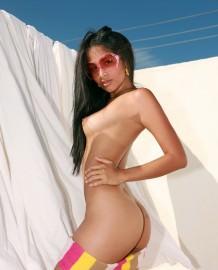 Asian babe Ruth Medina ass show!