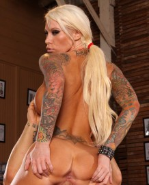 Extreme tattooed girl Lolly Ink loves to swallow sperm!